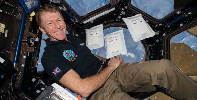 astronaut-tim-peake-in-the-cupola-1483440206