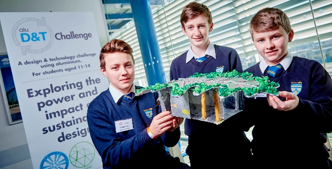 pupils-are-encouraged-to-be-resourceful-to-win-the-challenge-1475511822