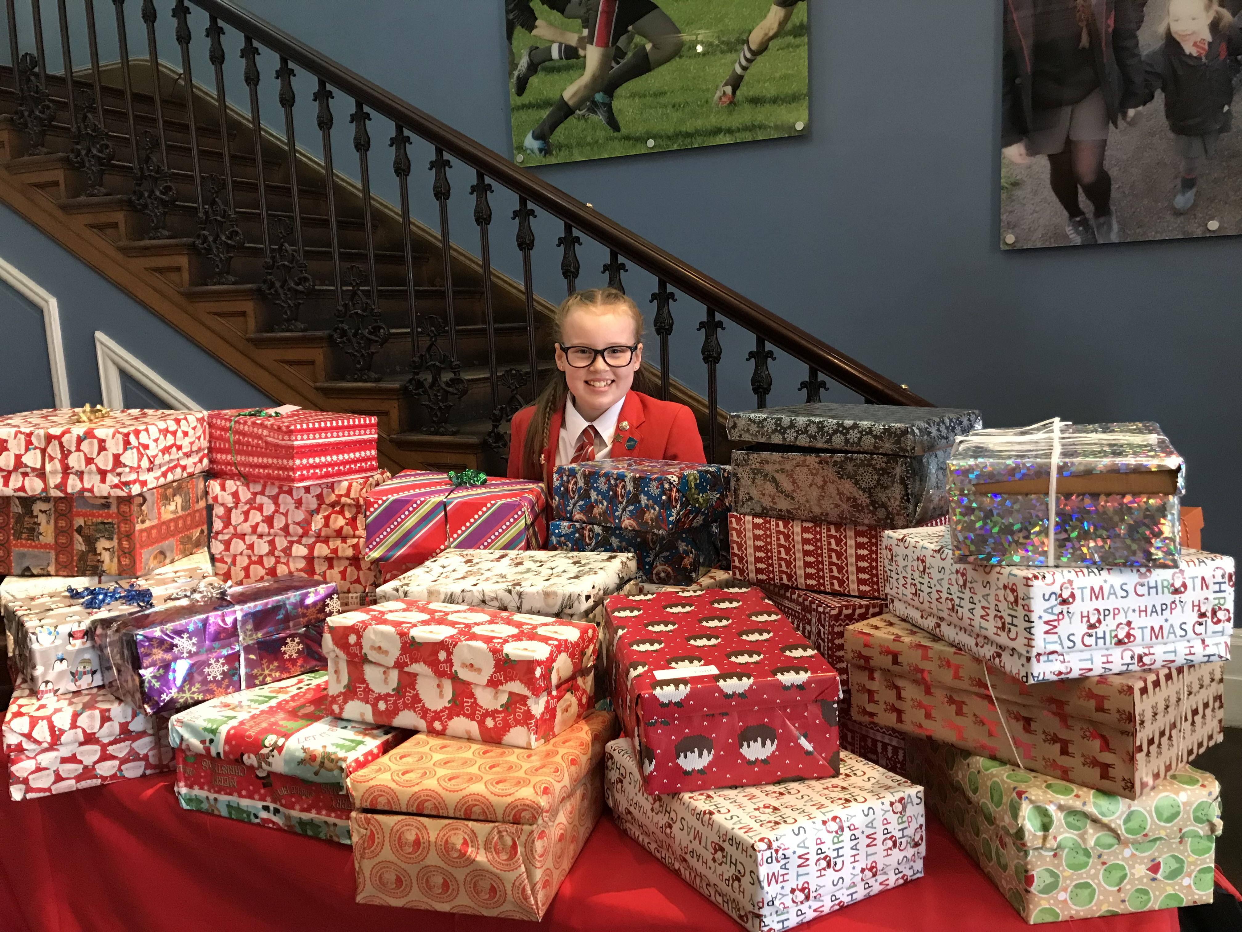 Lilly-Hicks-with-the-Christmas-Boxes-for-Manchester-Homeless-Shoebox-Appeal