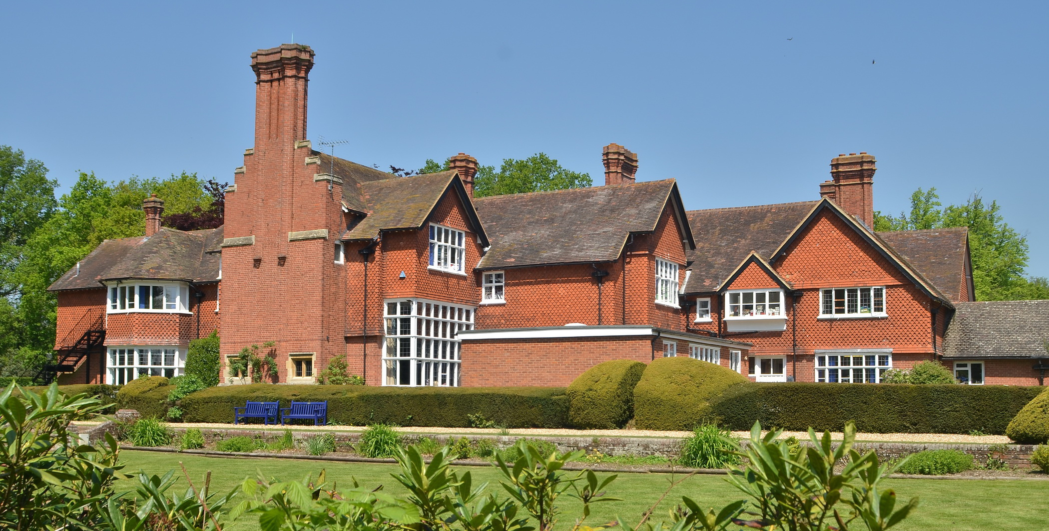 Holme Grange trumpets its work in research and development
