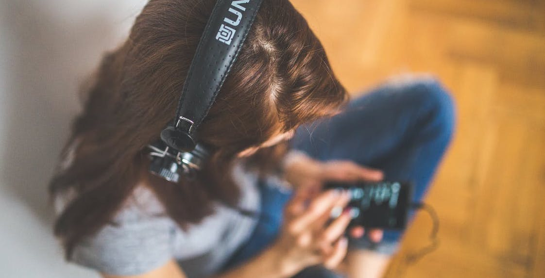 48% of those who listen to podcasts enjoy reading, according to the research, compared with 41% of non-listeners